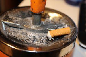 raumluftreiniger gegen zigarettenrauch